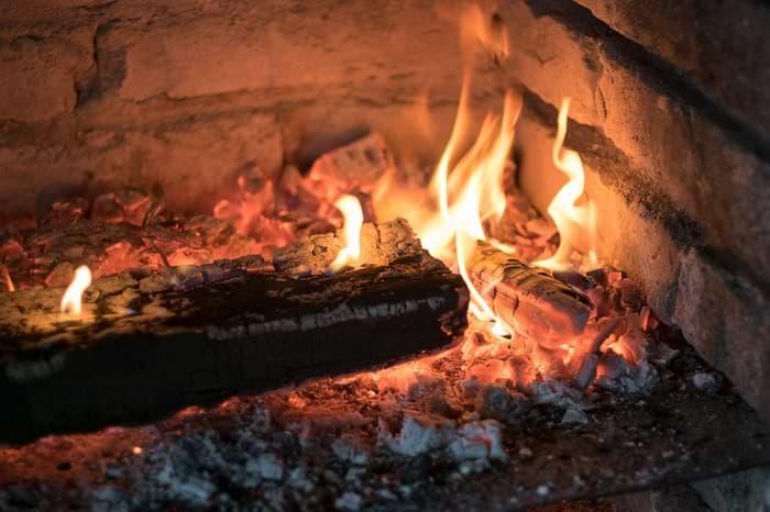 Feuer in Kamin